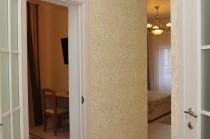 Люкс с балконом (двухкомнатные апартаменты)
