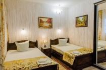 Стандартный двухместный номер с двумя двуспальными кроватями