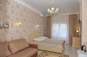 Номер-студио с кроватью king-size и диван-кроватью